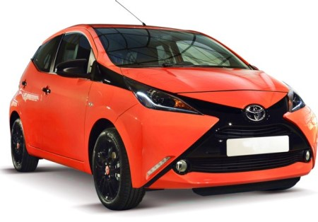 Toyota aygo batteria scaricare